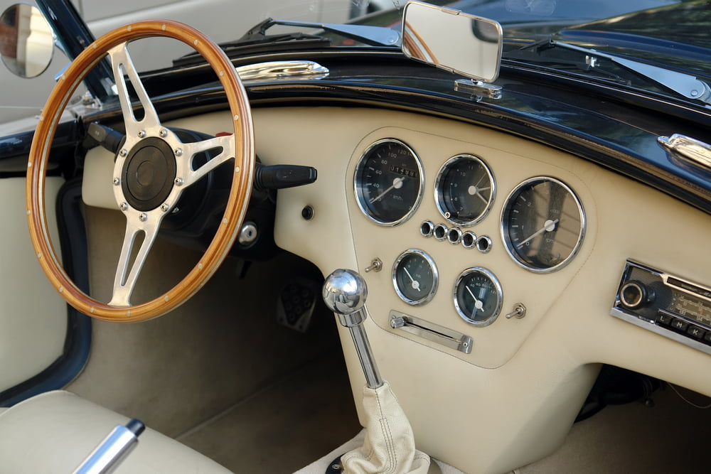 Automatic vs Manual Transmissions in Classic Cars