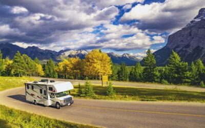 A Few Helpful Tips on Driving Your RV in High Winds