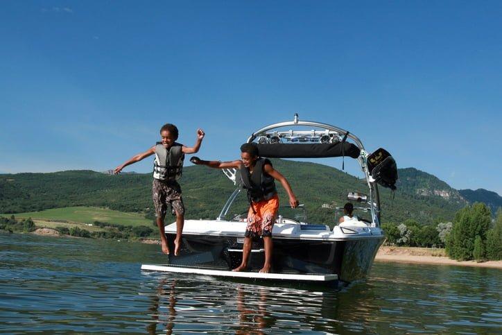6 Point Checklist for Safe Summer Boating